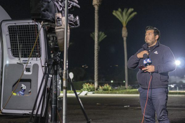 Rick Montanez, KNBC-4 newscaster and La Verne alumnus, moments before going on air. / photo by Veronyca Norcia