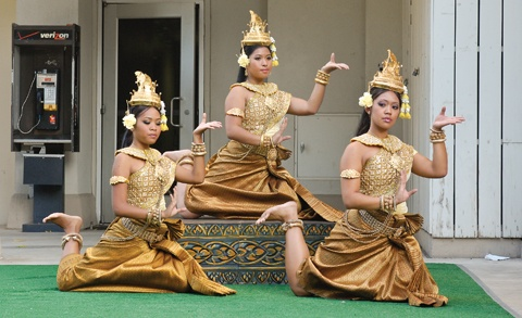 "Dancers from the the Khmer Arts Academy perform ""The Blessing Dance"" outside the University of La Verne's Wilson Library. / photo by Leah Heagy"